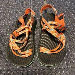 Girl's Chaco sandals size 4. Orange & Aqua